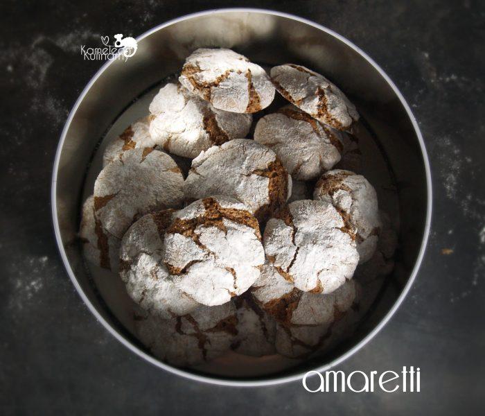 AMARETTI – włoskie migdałowe ciasteczka