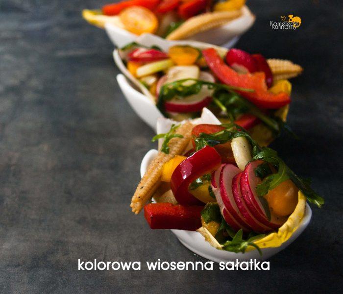 Kolorowa WIOSENNA SAŁATKA / ocet balsamiczny